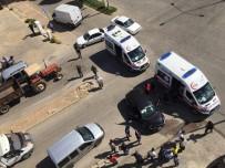 Hafif Ticari Araç İle Otomobil Çarpıştı Açıklaması 5 Yaralı