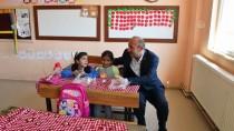 Köy Çocuklarına '1 Ekim Dünya Çocuk Günü' Sürprizi