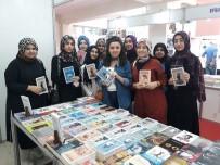 KURAN KURSU - Kur'an Kursu Öğrencilerine Şiiri Anlattı