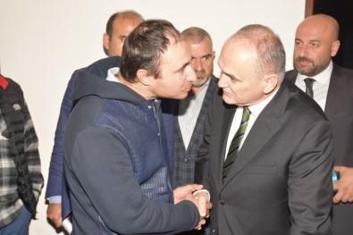 Başkan Özlü Çakırlar Ve Beyciler'de Vatandaşı Dinledi
