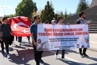 Öğrencilerden Diyarbakır Annelerine Destek