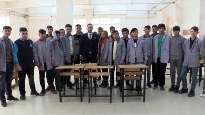 PKK'lı Teröristler Yaktı, Öğrenciler Ekonomiye Kazandırdı
