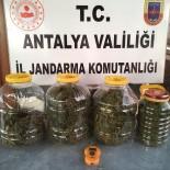 Plastik Bidona Zulalanan Uyuşturucu Elyaf'tan Kaçmadı