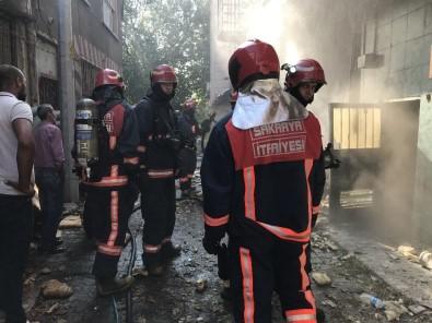 Sakarya'da Otelde Çıkan Yangın Paniğe Neden Oldu
