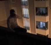 Yakalanacağını Anlayan Azılı Kapkaççı Çatıya Çıkıp İntihar Etmeye Kalkıştı