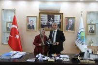 Hendekli Sanatçı Mecide Temiz, Başkan Babaoğlu'nu Ziyaret Etti