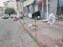 MARKET - Kiracısına Kızan İş Yeri Sahibi Marketin Önünü Tel Örgü İle Kapattı