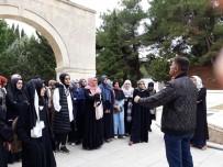 Sultangazi'de Kültür Gezileri Başladı
