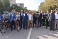 TÜRKIYE BISIKLET FEDERASYONU - Adnan Menderes Bisiklet Yarışları Nefes Kesti