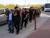 CEZAEVİ MÜDÜRÜ - Cezaevi Müdürlü Polisli Örgüte 34 Tutuklama