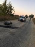 Motosiklet Hafif Ticari Araçla Kafa Kafaya Çarpıştı Açıklaması 1 Yaralı