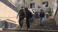 İstanbul'da Evlere Girerek Hırsızlık Yapan 5 Şüpheli Yakalandı