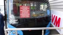 Yolcu Dolu Minibüs Önce Kamyonete Ardından Duvara Çaptı Açıklaması 2 Yaralı