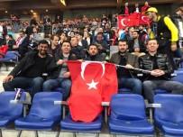 Belediye Başkanı Arı, Enver Cenk Şahin'e Transfer Teklifini İletti