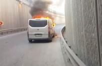 Esenyurt'ta Bulunan Bir Alt Geçitte Ticari Minibüs Alev Alev Yandı