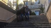Güngören'de Kahyaların Kavgası Kanlı Bitti, Katil Zanlıları Polise Teslim Oldu