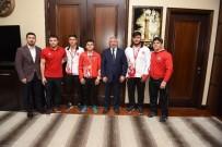 Şampiyon Sporculardan Başkan Aşgın'a Ziyaret