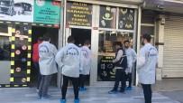 Sultangazi'de Kuyumcuyu Darp Edip Altınları Alarak Kaçtılar