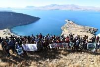 ACıMASıZ - Dağcılar Van Gölü'nün Temiz Kalması İçin Tırmanmaya Devam Ediyor