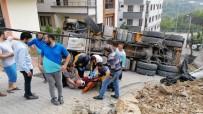 Hafriyat Yüklü Kamyon Devrildi Açıklaması 1 Yaralı