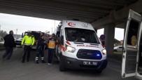 Sinop'ta Öğrenci Sevisi İle Otomobil Çarpıştı Açıklaması 13 Yaralı