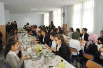 Akşehirli Öğrenciler Askerler İçin Bin 400 Fetih Suresi Okudu