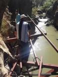 KANYON - Çal'da Doğal Kanyonu Metalle Donattılar