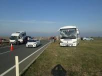 Kırklareli'de Servis Araçları Çarpıştı Açıklaması 17 Yaralı
