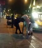 (ÖZEL) Taksim'de Yabancı Uyruklu İki Kadının Saç Saça Baş Başa Kavgası Kamerada