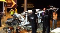 Tunceli'de Hafif Ticari Araç İle Tır Çarpıştı Açıklaması 4 Ölü, 1 Yaralı