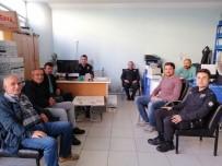 TELEFON DOLANDIRICILIĞI - Türkeli'de Polis, Telefon Dolandırıcılığına Karşı Broşür Dağıttı