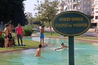 Ekim Ayında Çocukların Süs Havuzu Keyfi