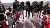 Haluk Levent'ten Emine Bulut'un Kızına Ziyaret