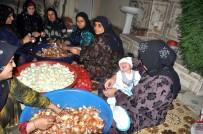 Sınırın Anneleri Mehmetçik İçin Gece Boyu Lahmacun Hazırladı