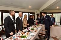 BEŞIKTAŞ BELEDIYESI - Beşiktaş'ta Muhtarlar Günü Törenle Kutlandı