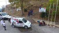 PİTBULL - Kalede 1 Haftadır Mahsur Kalan Köpekler Kurtarıldı