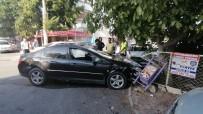 Kontrolsüz Kavşakta 3 Araçlı Zincirleme Kaza Açıklaması 1 Yaralı