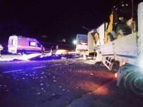 Kulu'da Tır İle Kamyon Çarpıştı Açıklaması 2 Yaralı
