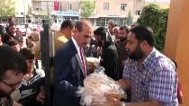MEHMET YALÇıNKAYA - Sınır Hattındaki Suriyeli Ailelere Ekmek Yardımı