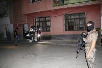 Adana'da Gece Yarısı Eve Atılan EYP Paniğe Neden Oldu