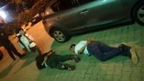 BOSTANLı - İzmir'de Üzerinde Uyuşturucu İle Yakalanan İki Kişi Gözaltına Alındı