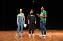 ŞEHIR TIYATROLARı - Şehir Tiyatroları, Perdelerini 'Sevgili Doktor' İle Açacak