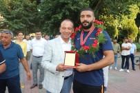 İSMAİL BALABAN - Ünlü Başpehlivanlar Turgutlu'daki Er Meydanına Çıkacak