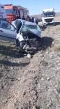 Yozgat'ta Kamyonet İle Otomobil Çarpıştı Açıklaması 1 Ölü, 1 Yaralı