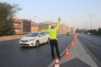 MİLLET CADDESİ - İstanbul'da Bazı Yollar '29 Ekim Cumhuriyet Bayramı' İçin Kapatıldı