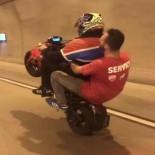 (Özel) Bomonti-Dolmabahçe Tüneli'nde Çift Kişiyle Tek Teker Terörü Kamerada