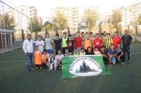 Çocukları Kötü Alışkanlıklardan Uzak Tutmak İçin Spor Kulübü Kurdu