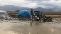 GÜNEBAKAN - Erzincan'da Yağmur Yağışı Dereleri Taşırdı