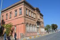 Eski Vergi Dairesi Binası Ayvalık Belediyesi'ne Verildi