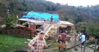 Evi Yanan Ailenin Yardımına Köylüleri Koştu